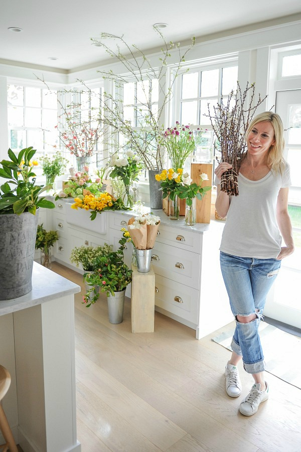 Floral styling workshop with Tracey Ayton & Floralista / flower arranging in kitchen - So Much Better With Age