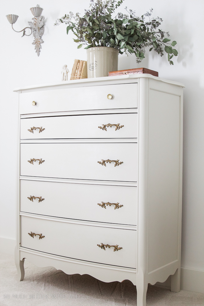 8 Steps on How to Finish Badly Damaged Furniture / Vintage creamy white dresser with gold handles - So Much Better With Age