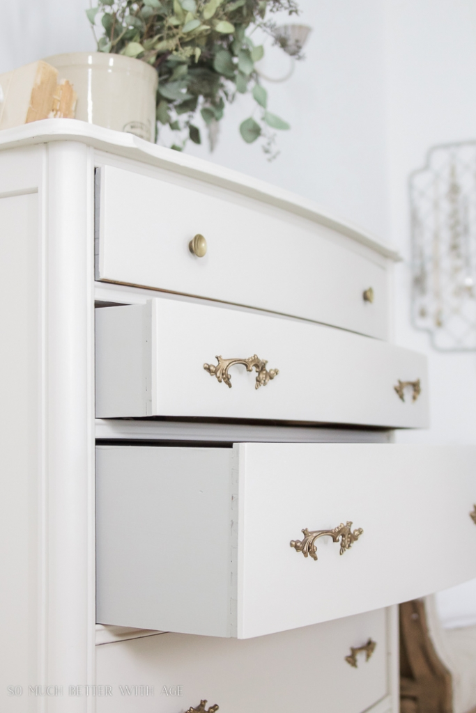 white-painted-dresser-grey-drawers-gold-handles-101