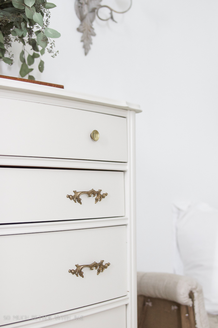 8 Steps on How to Finish Badly Damaged Furniture / White painted dresser, vintage handles - So Much Better With Age