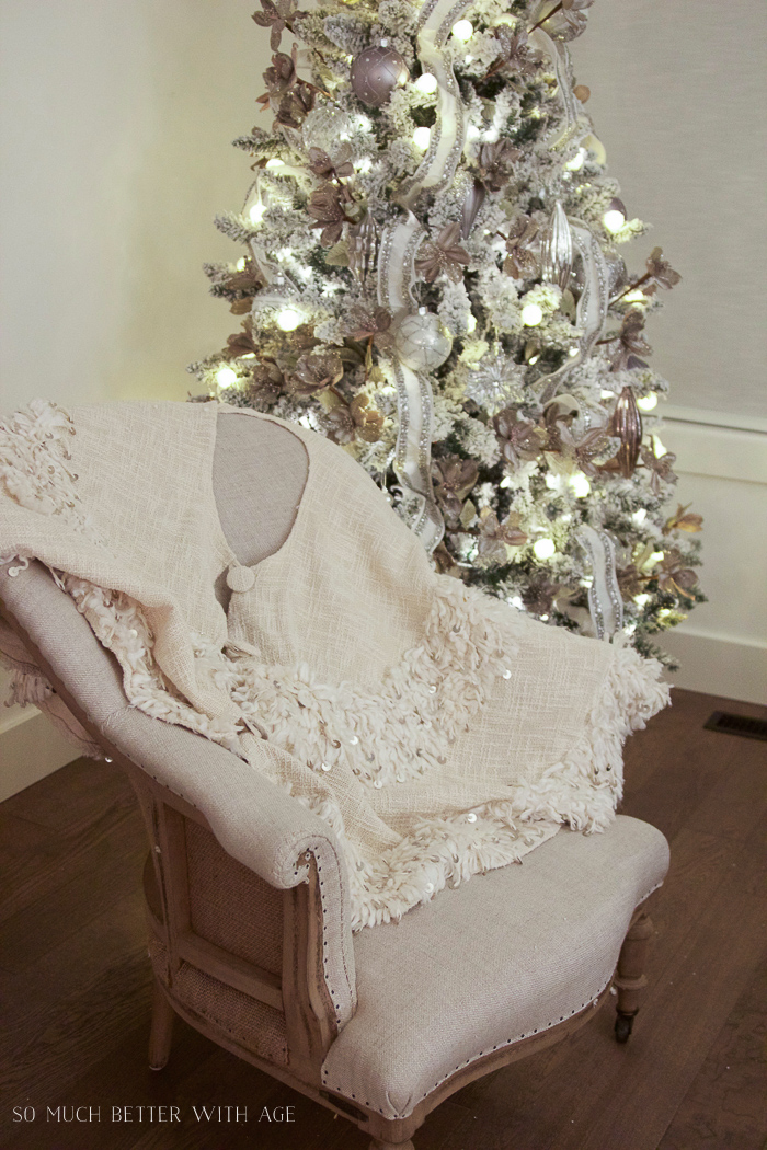 Linen tree skirt - Glittered and jewelled Christmas tree
