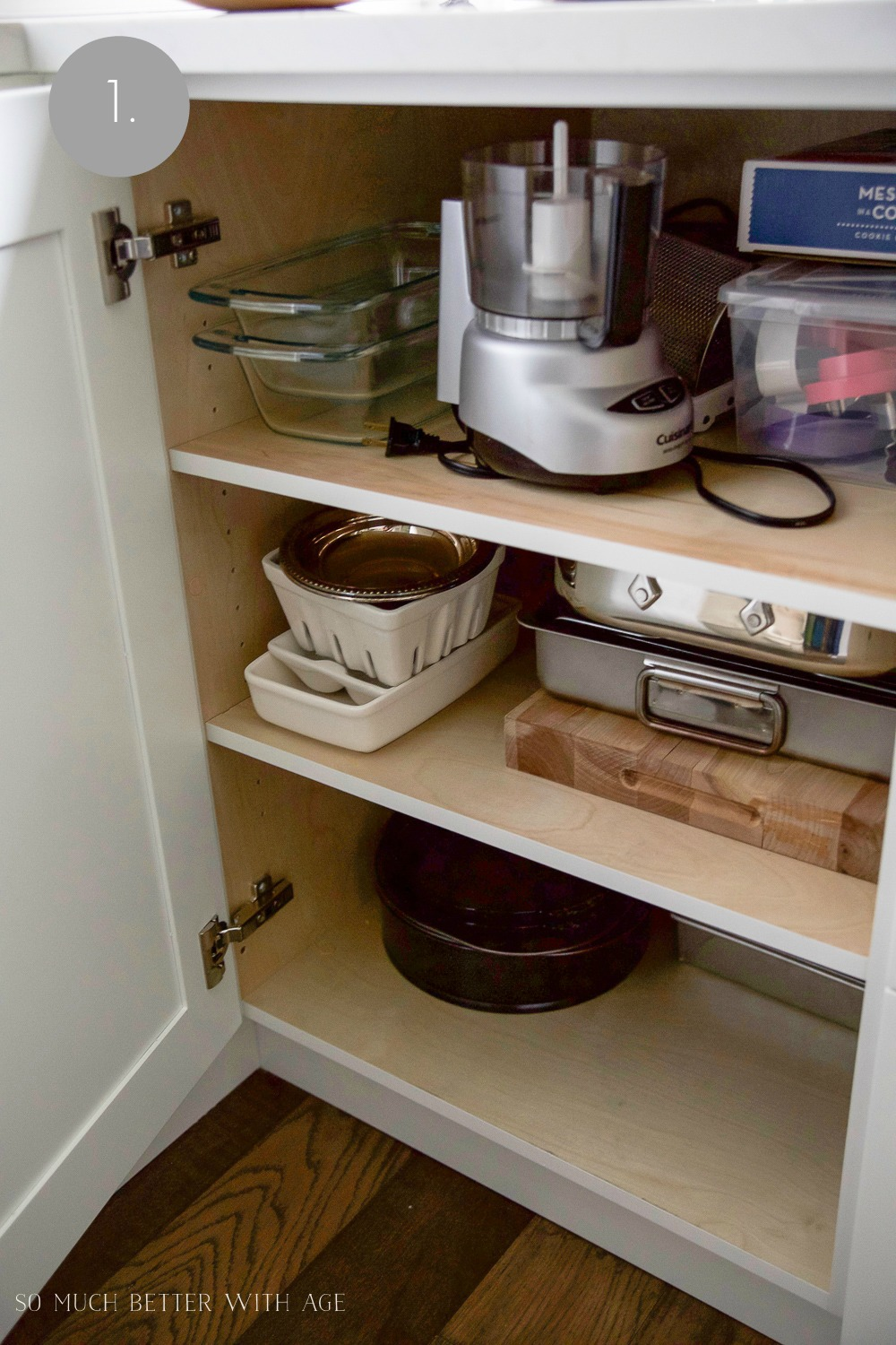 Kitchen cupboard and drawer organization / inside the kitchen cabinets - So Much Better With Age