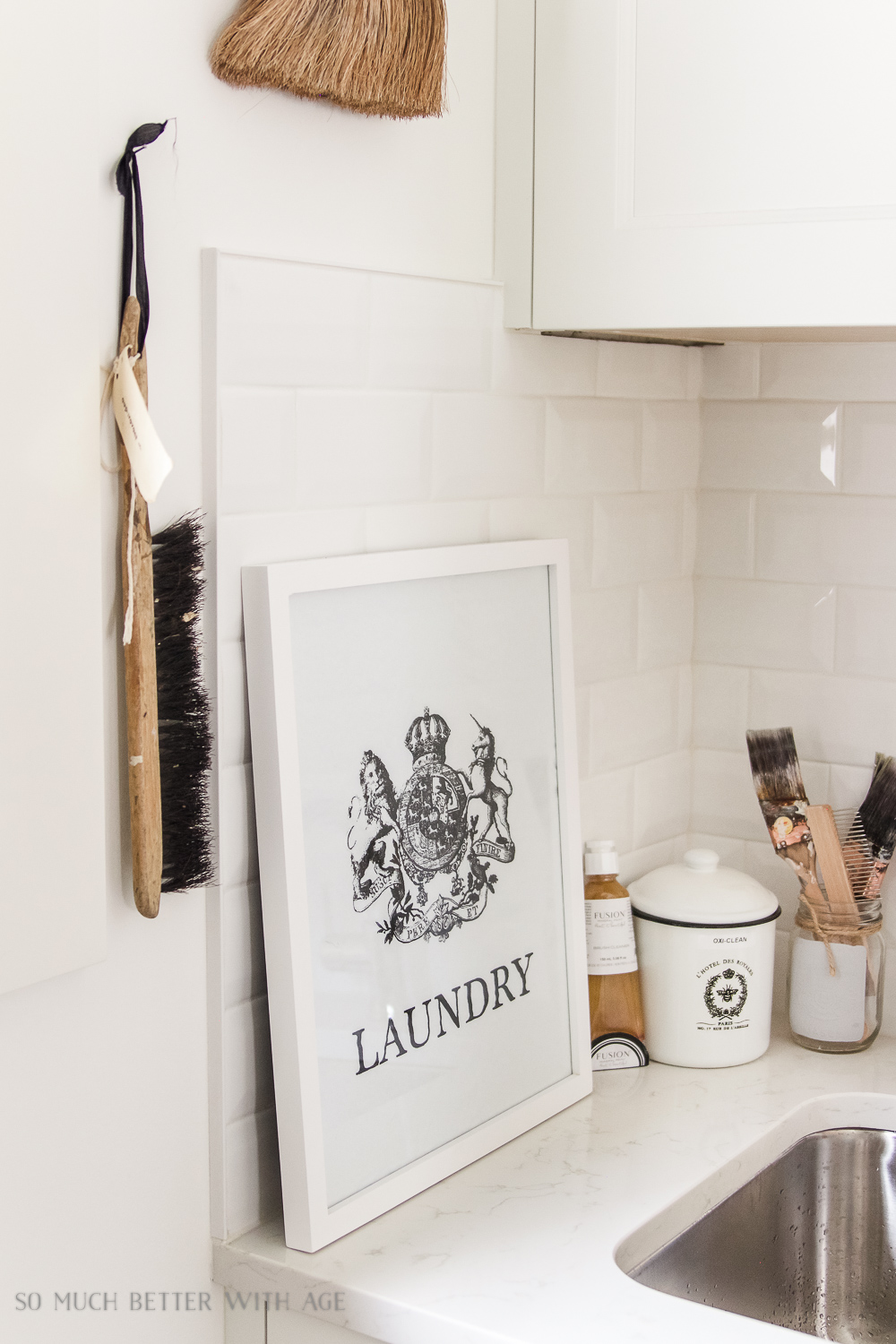 Tiny Vintage Mudroom Makeover / French laundry sign artwork - So Much Better With Age