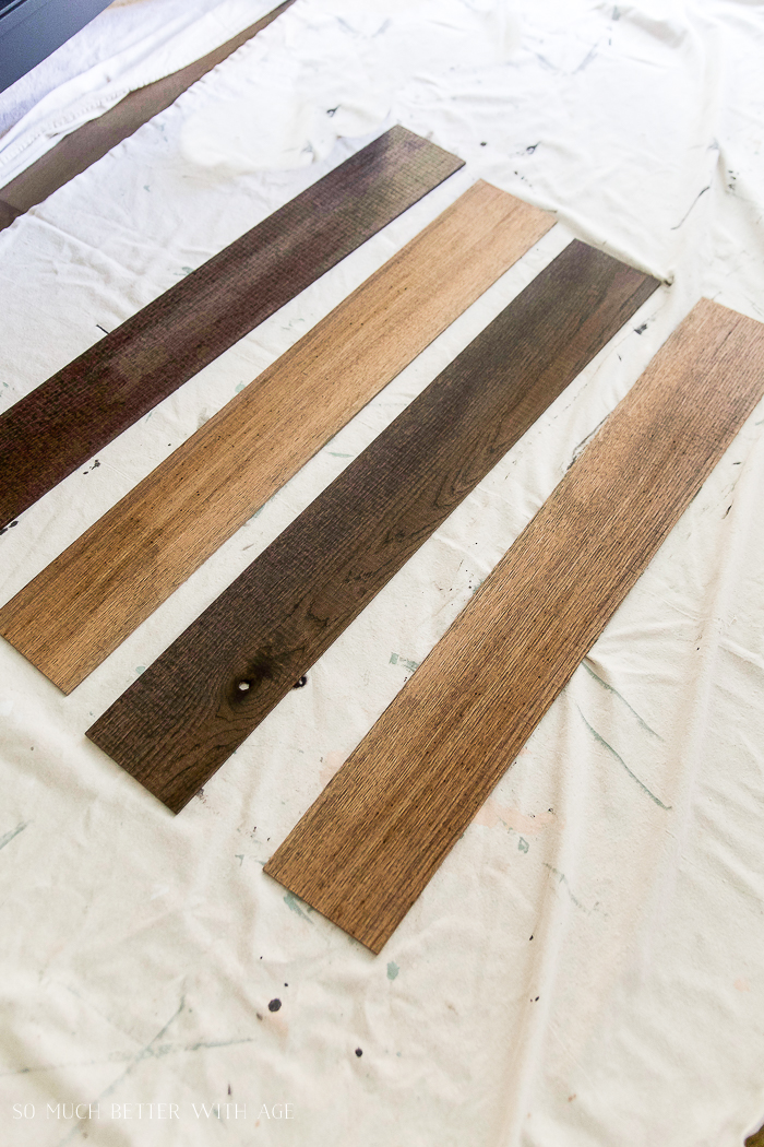 DIY Pallet Sign with Stain and Drywall Mud/four boards stained - So Much Better With Age