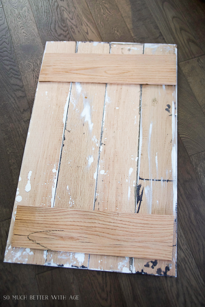 DIY Pallet Sign with Stain and Drywall Mud/back of wooden sign - So Much Better With Age