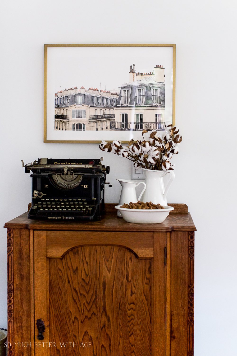 Paris Building, How to Pick Art with a French Vintage Vibe / typewriter on side table - So Much Better With Age