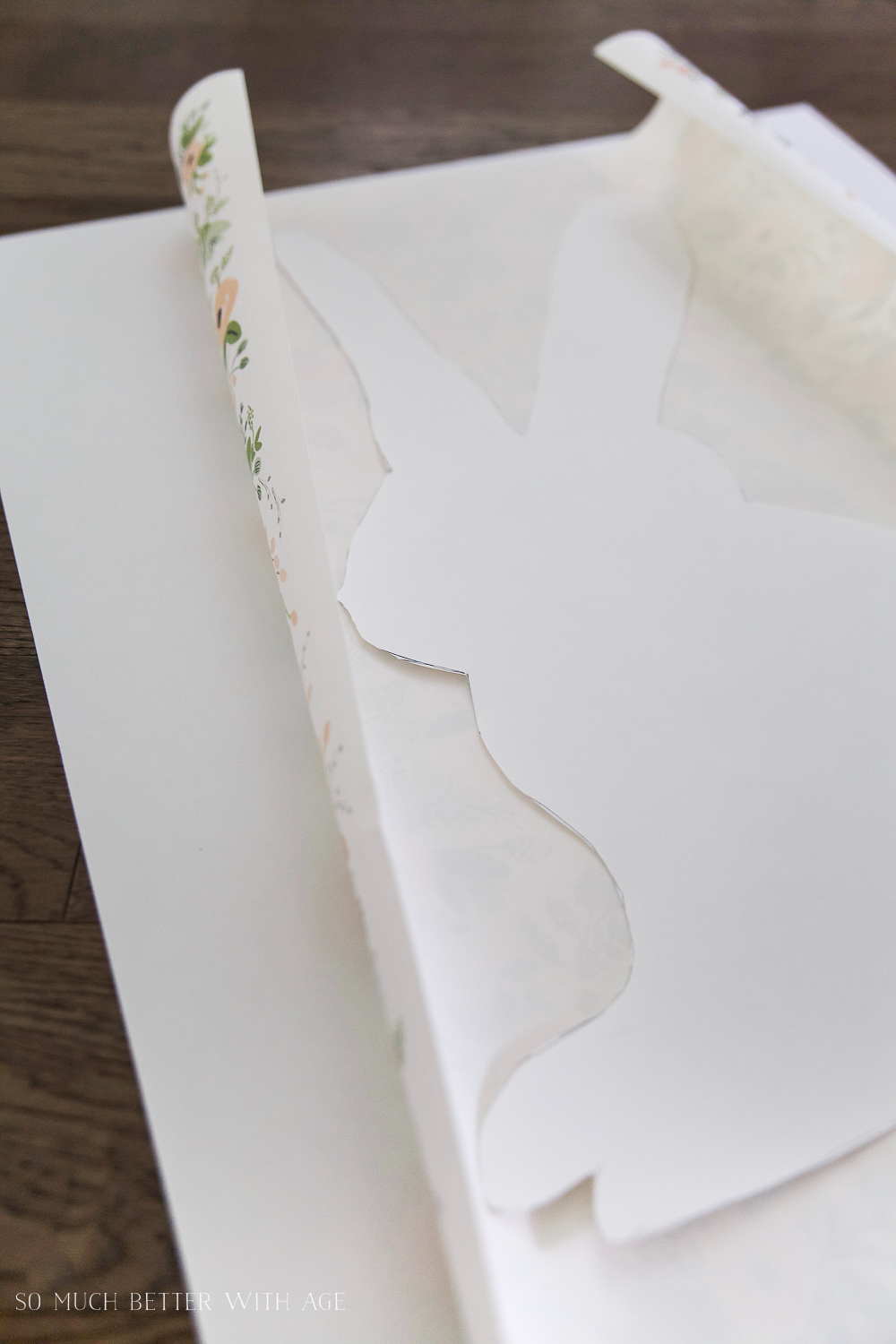 Easter Bunny Sign + Printable/trace out bunny on wrapping paper - So Much Better With Age
