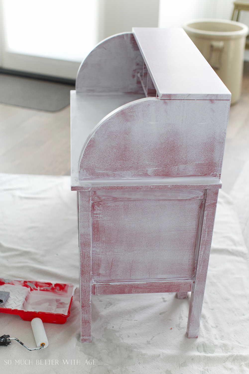 How to Paint Furniture for a Professional Look/prime over dark coloured furniture - So Much Better With Age