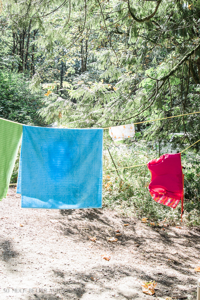 Camping clothesline / The Beginner's Guide to Camping - Everything You Need to Take Camping