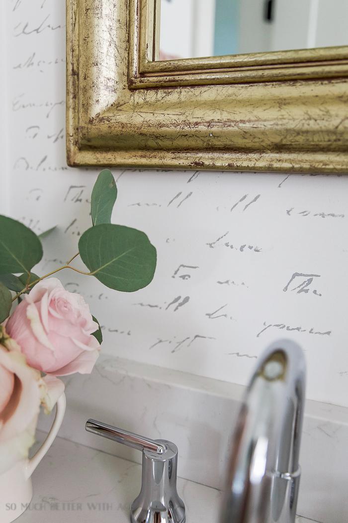 black white french bathroom makeover / Up close picture of flowers - So Much Better With Age