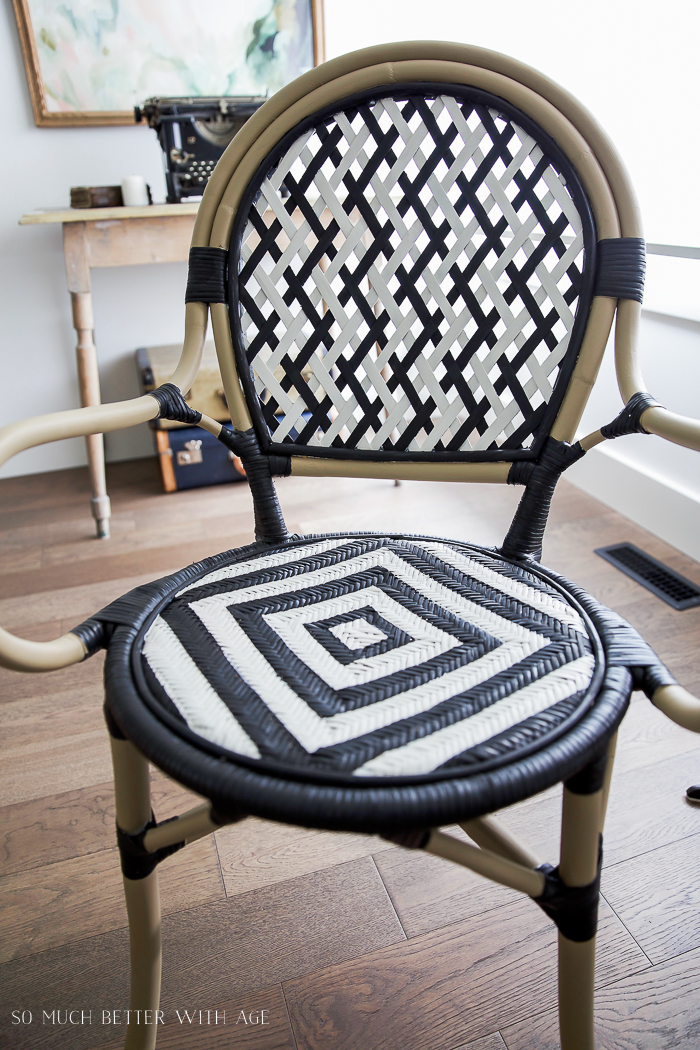 DIY French Bistro Chair/ black and white, vintage typewriter - So Much Better With Age #frenchdecor #frenchvintage