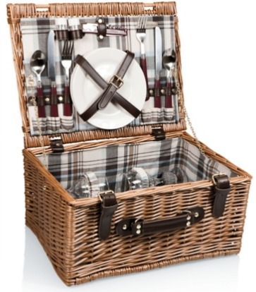 The Best Summer Picnic Items/plaid picnic basket - So Much Better With Age