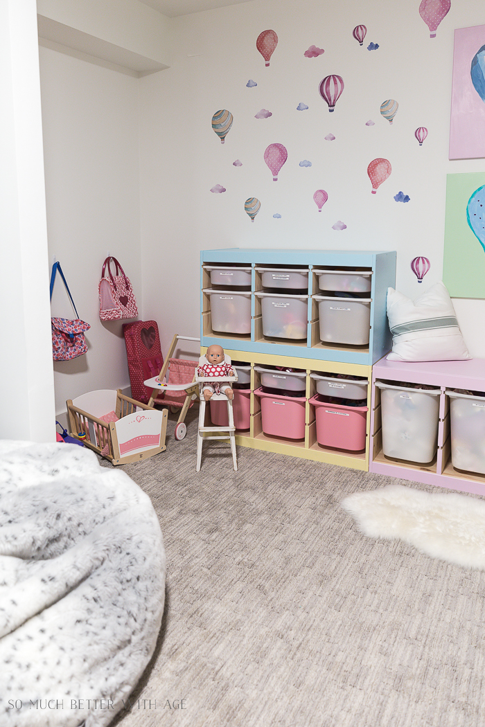 Kids' Playroom Makeover with Hot Air Balloons/dolls and toys - So Much Better With Age