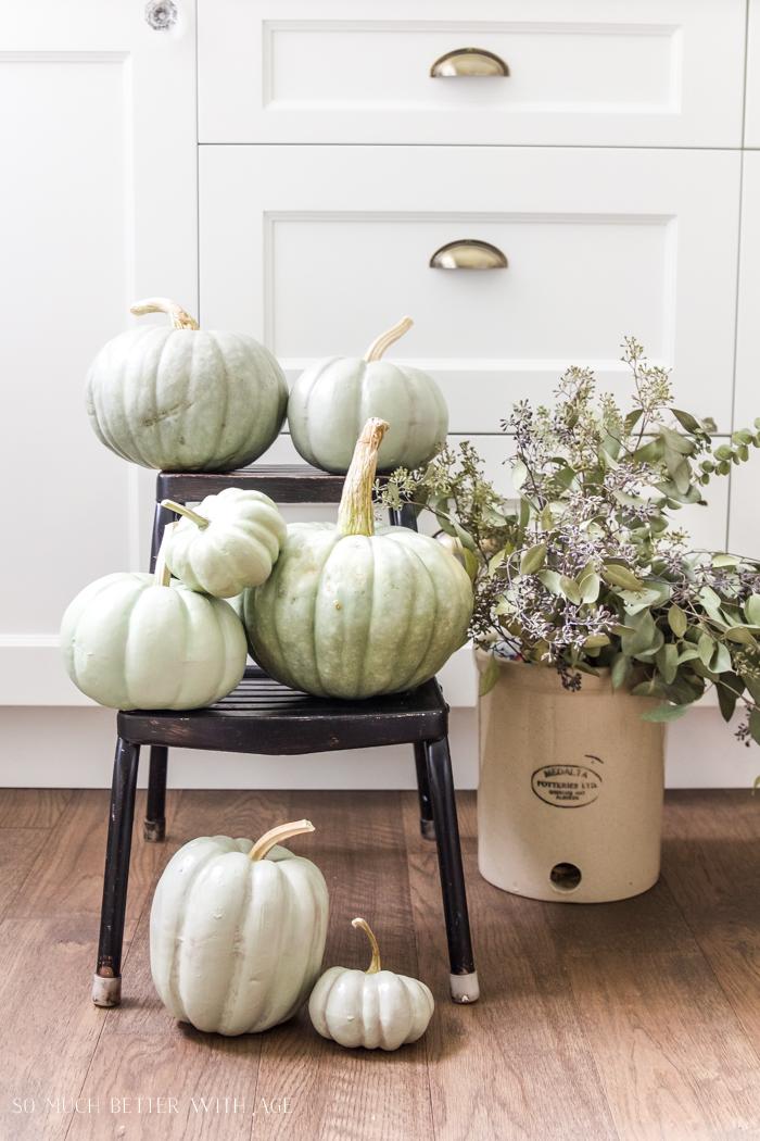 Heirloom Pumpkin Workshop/DIY painted pumpkins - So Much Better With Age