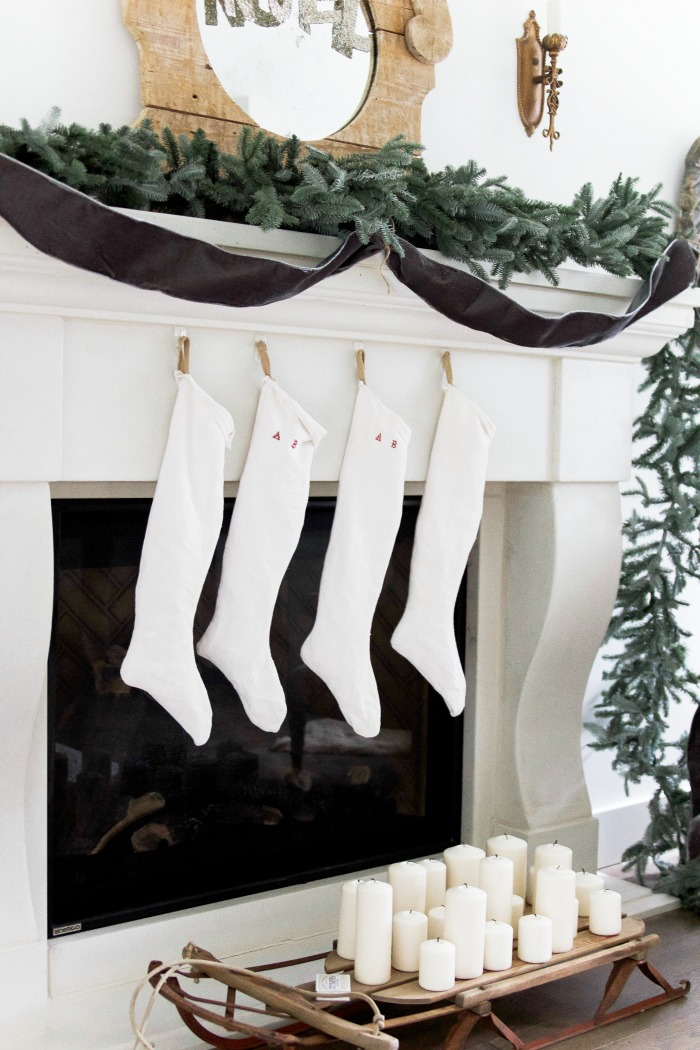 30+ Unique Christmas Decorating Ideas/vintage stockings - So Much Better With Age