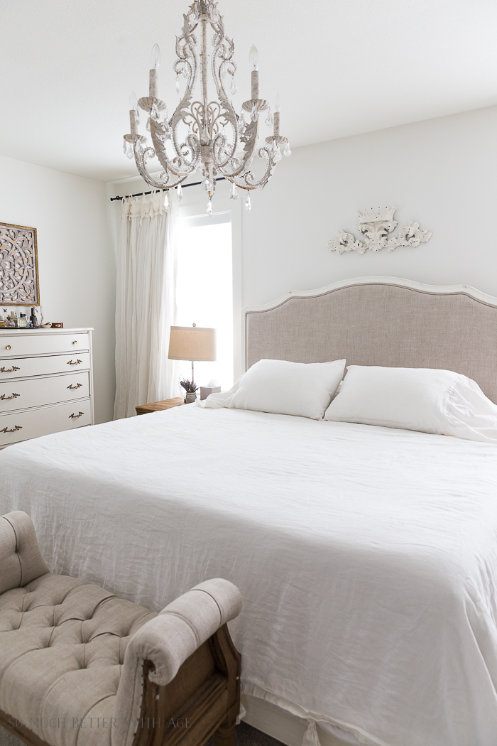 Simply White by Benjamin Moore - Best White Paint Color/master bedroom - So Much Better With Age