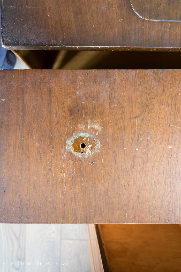 How to Prep Furniture for Painting/remove hardware - So Much Better With Age