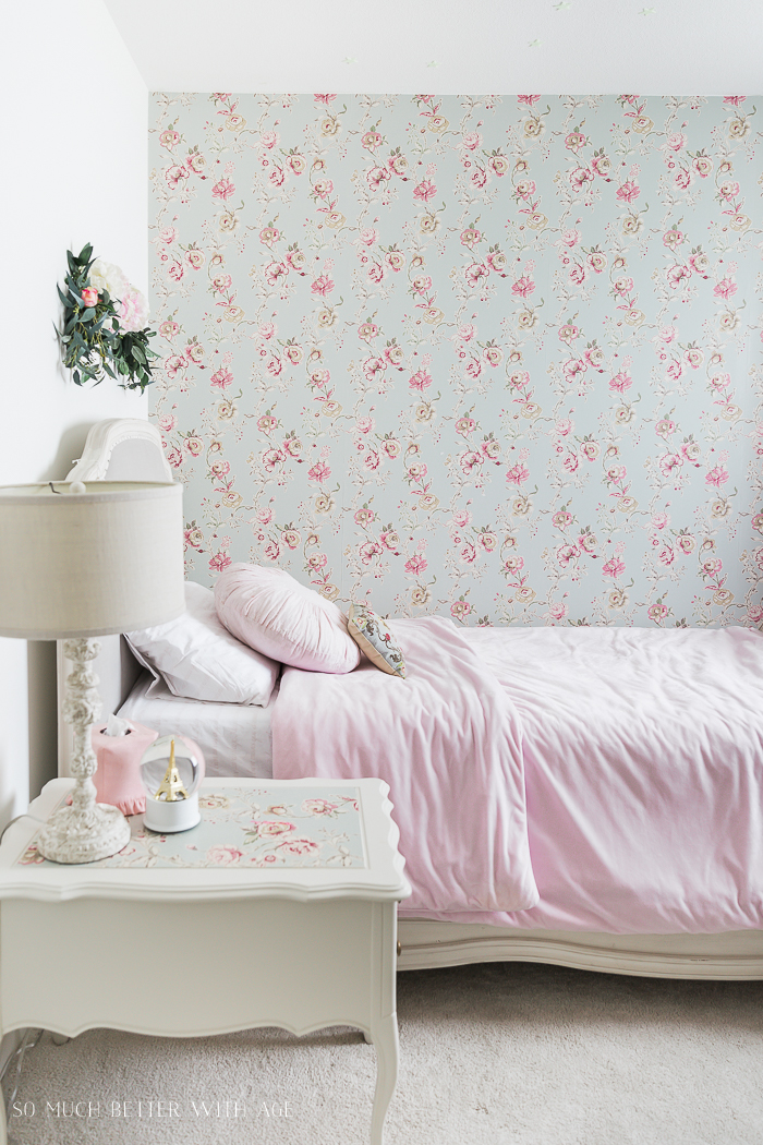 How to Hang Wallpaper on One Wall - So Much Better With Age