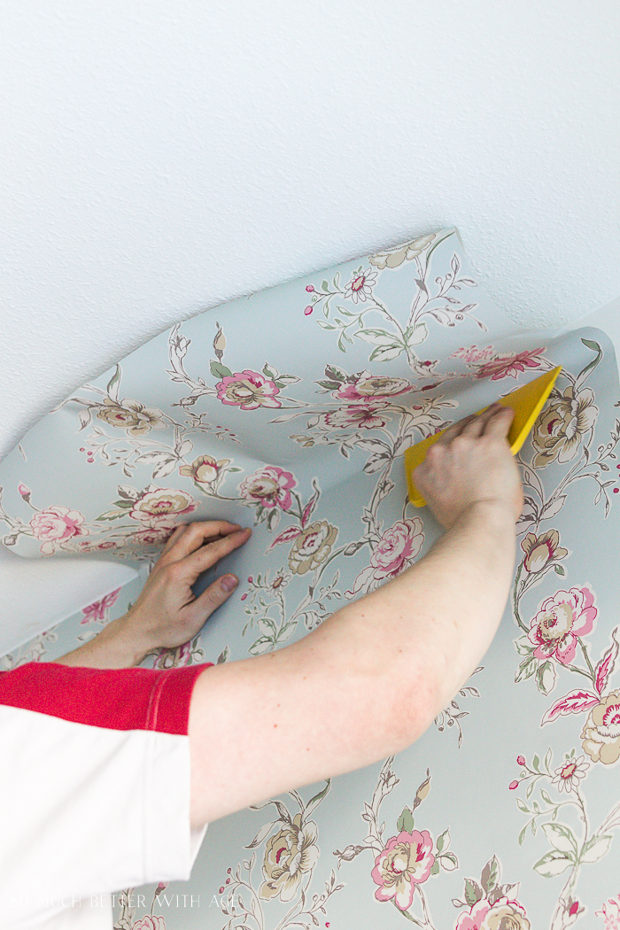 How to Hang Wallpaper on One Wall/use wallpaper smoother - So Much Better With Age