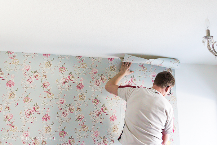 How to Hang Wallpaper on One Wall/smooth out wallpaper - So Much Better With Age