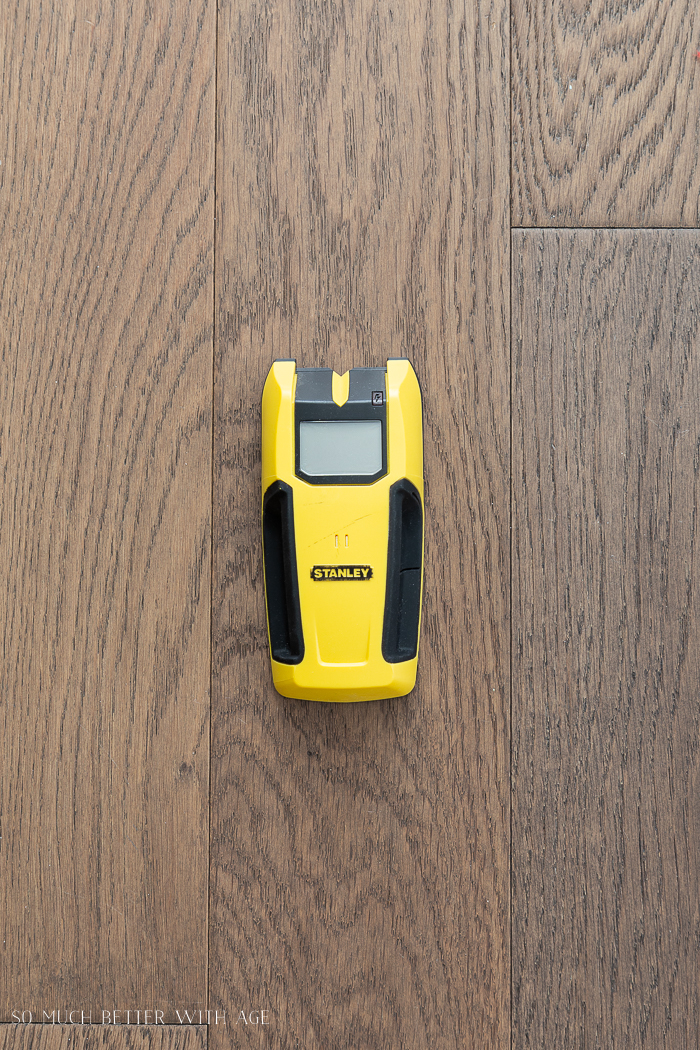 16 Essential Tools for Do-It-Yourself (DIY) Projects/stud finder.