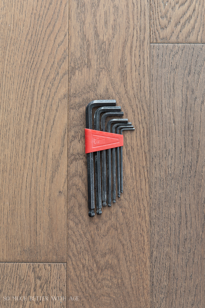 16 Essential Tools for Do-It-Yourself (DIY) Projects/ allen or hex keys on the floor.