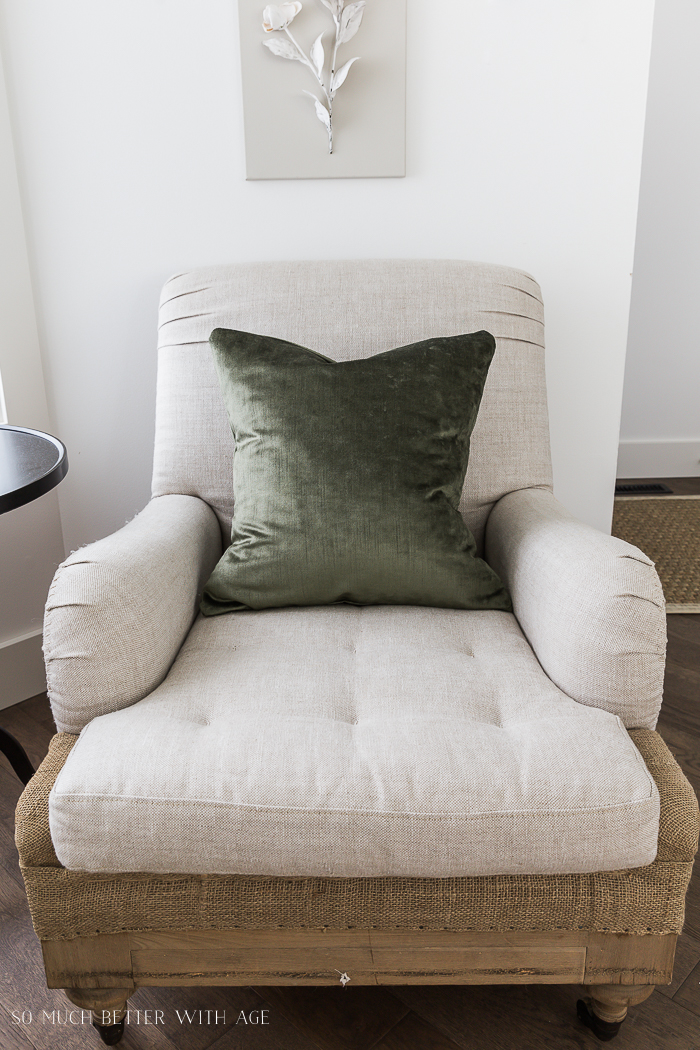 Change Your Decorative Pillows Seasonally & Pillow Cover Tutorial/vintage chair - So Much Better With Age