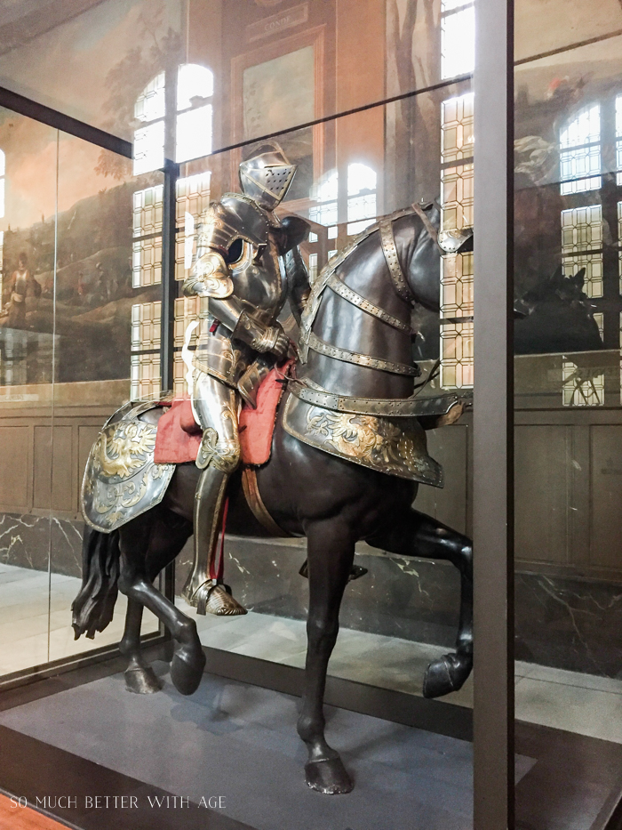 Top 10 Things to See & Do Your First Time in Paris/military armour - So Much Better With Age