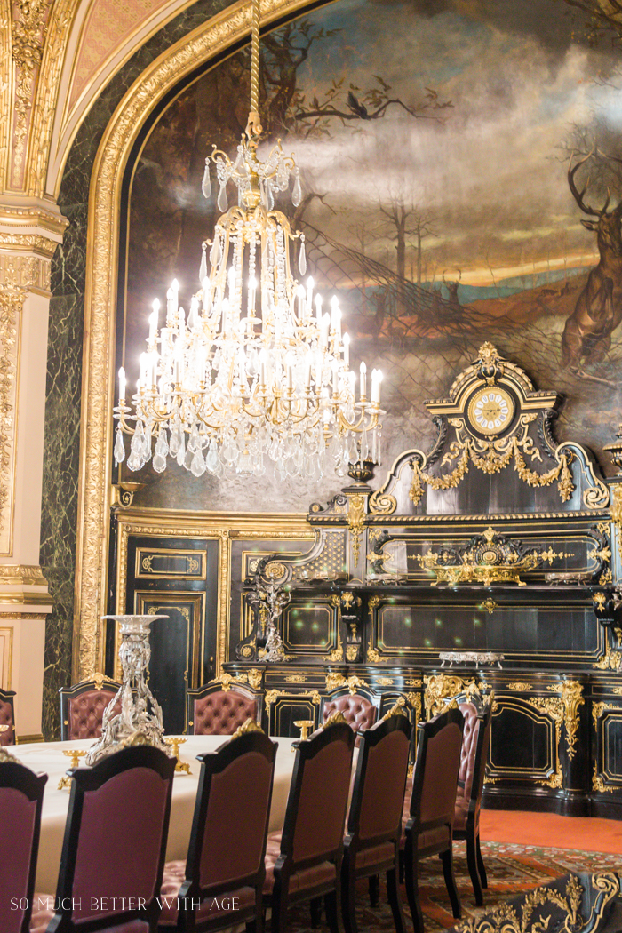Top 10 Things to See & Do Your First Time in Paris/Napoleon's dining room - So Much Better With Age