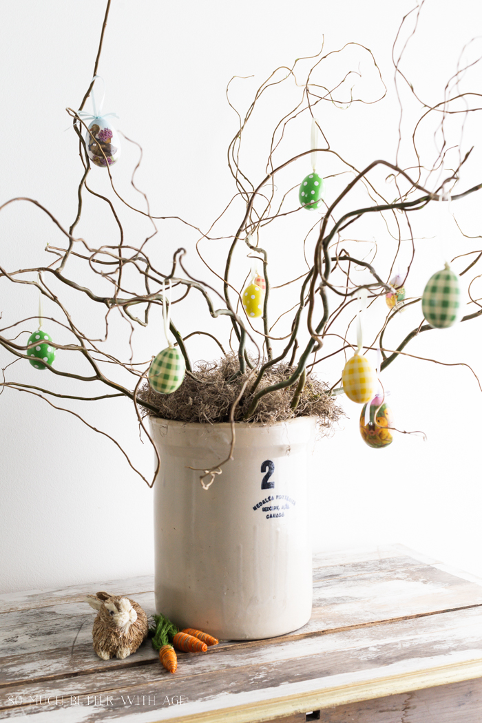 How to Make an Easter Egg Tree/curly tree with Easter eggs - So Much Better With Age