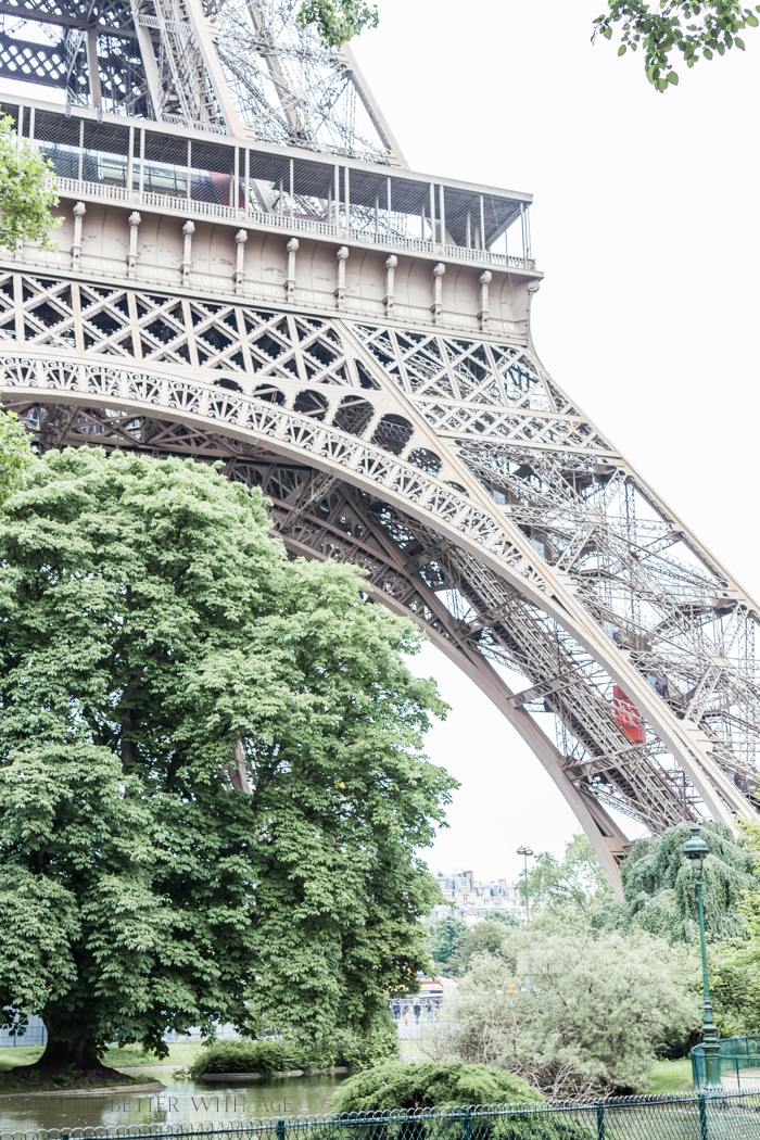 Paris Highlights Including Notre Dame/lovely Eiffel Tower - So Much Better With Age
