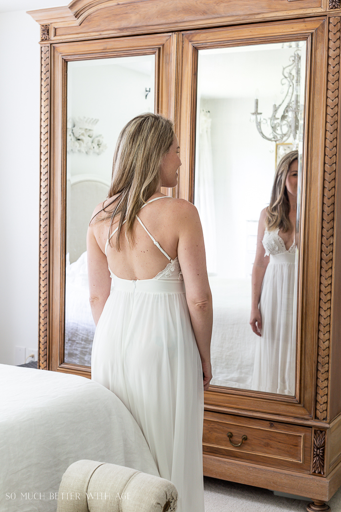 Back of wedding dress with criss cross straps.