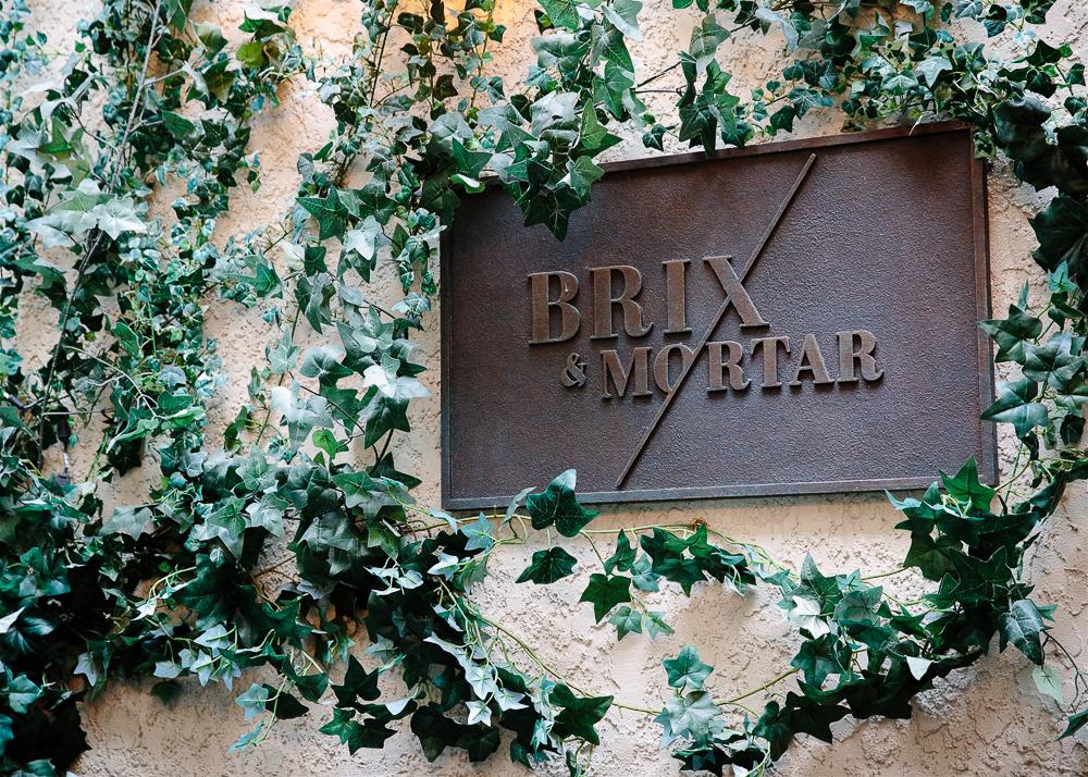 Brix & Mortar restaurant sign.