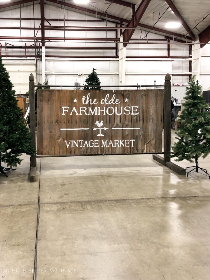 The Olde Farmhouse Vintage Market.