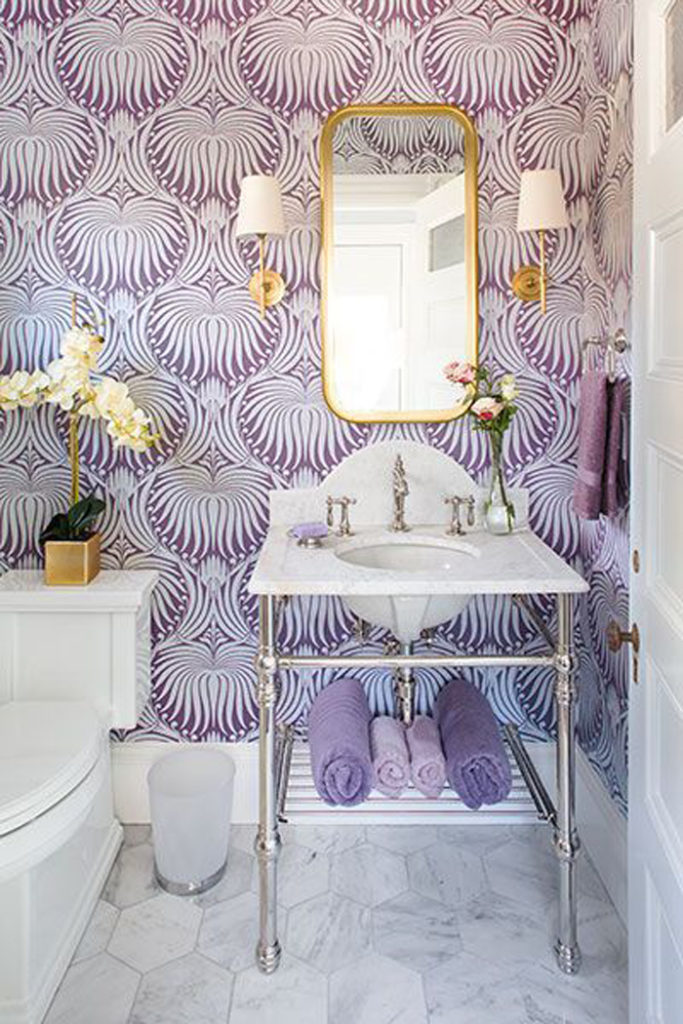 Lilac wallpaper and gold accents from Style your Senses.