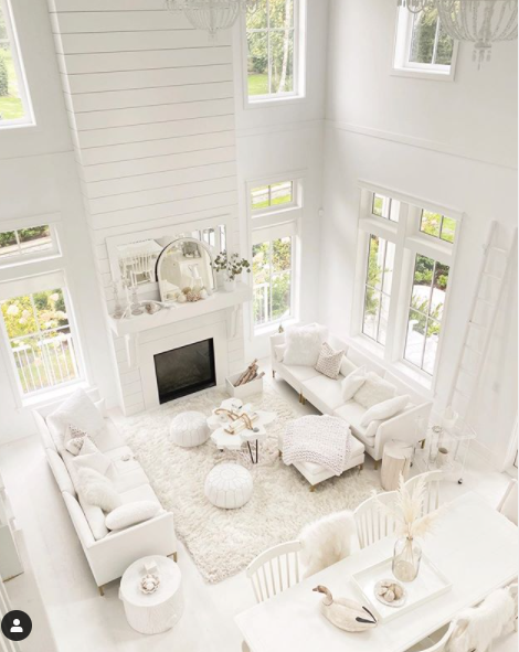 Achromatic living room by Little White House.