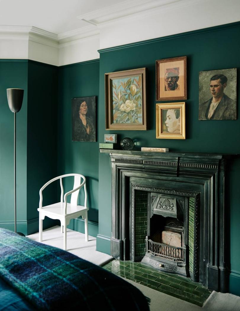 Analogous color scheme bedroom by Audrey Carden.