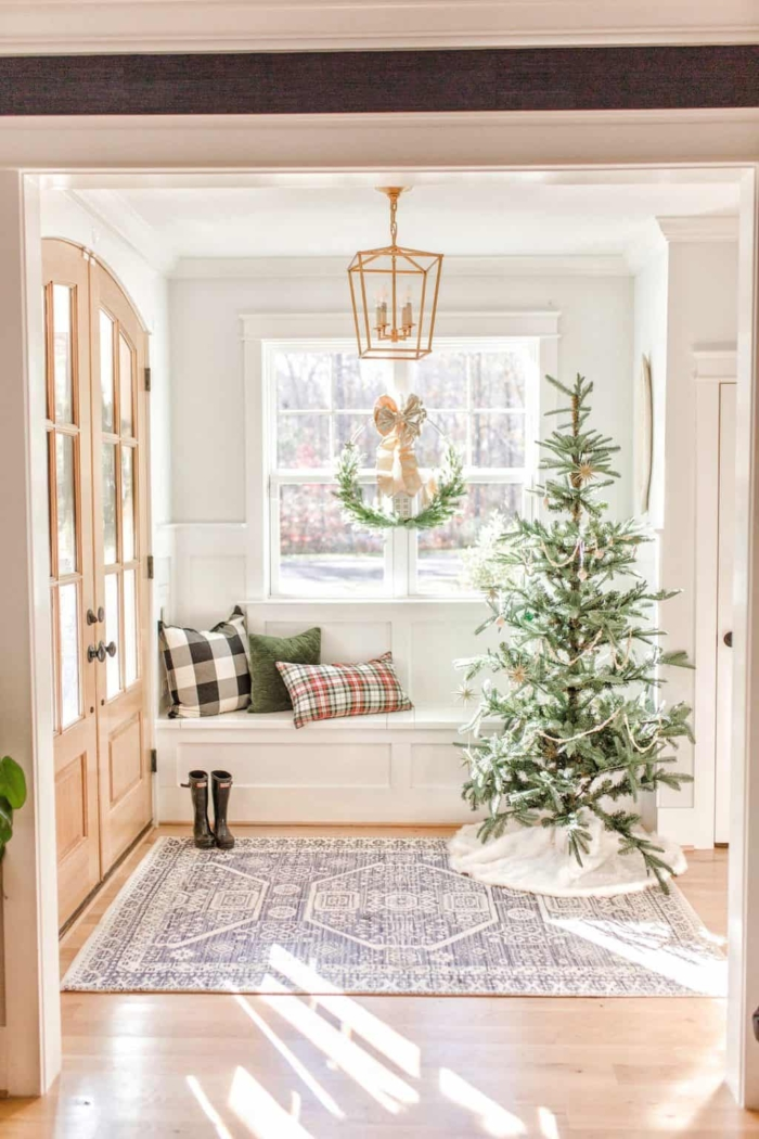 Chrissy Marie Blog - Simple and Natural Christmas Decor.