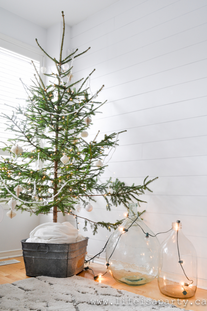 Life is a Party- Simple and Natural Christmas Decor.