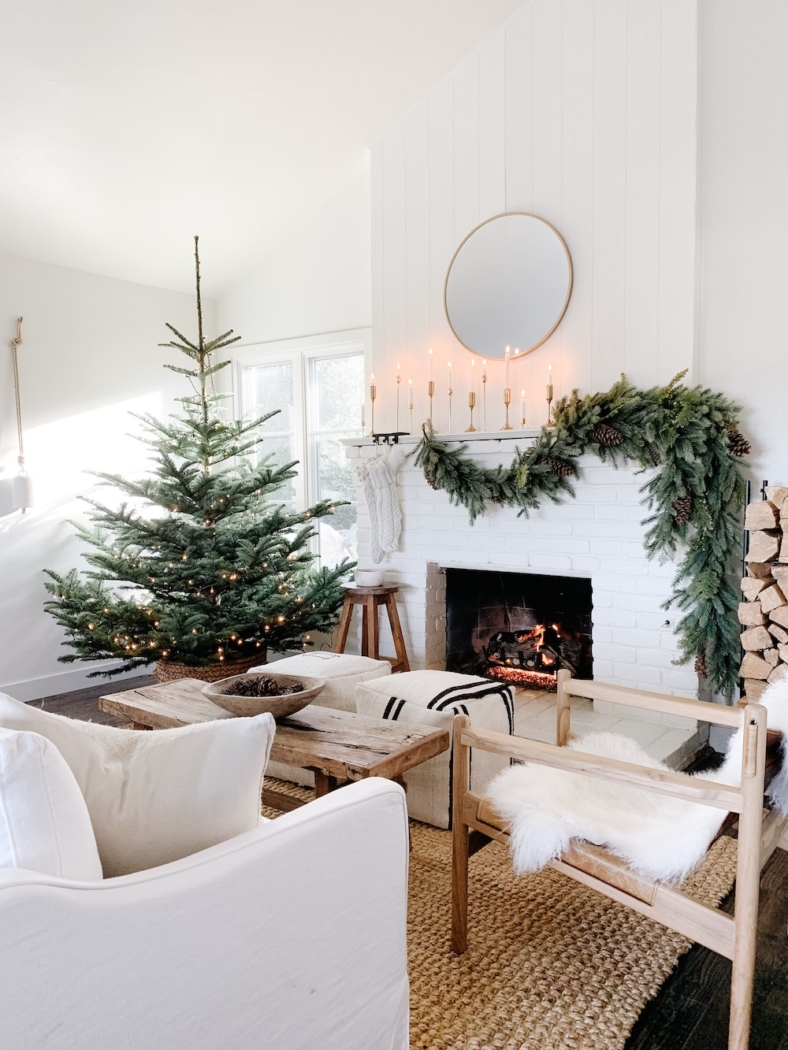 Michelle Janeen - Simple and Natural Christmas Decor.