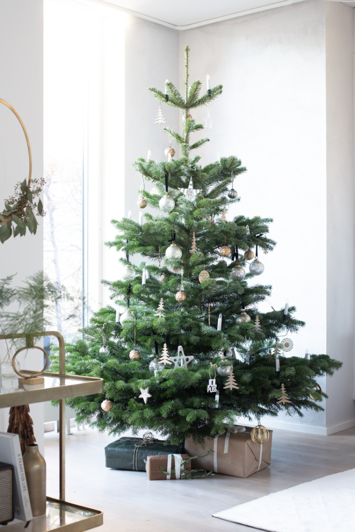 My Scandinavian Home - Simple and Natural Christmas Decor.