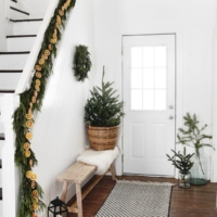 Simple and Natural Christmas Decor