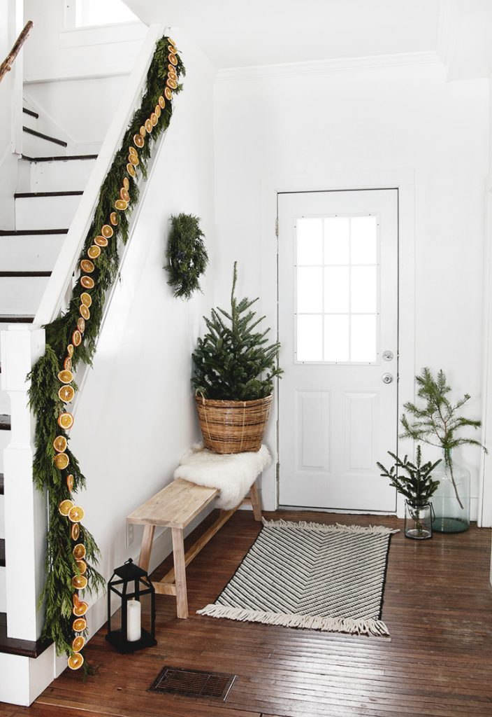 The Merry Thought - Simple and Natural Christmas Decor.