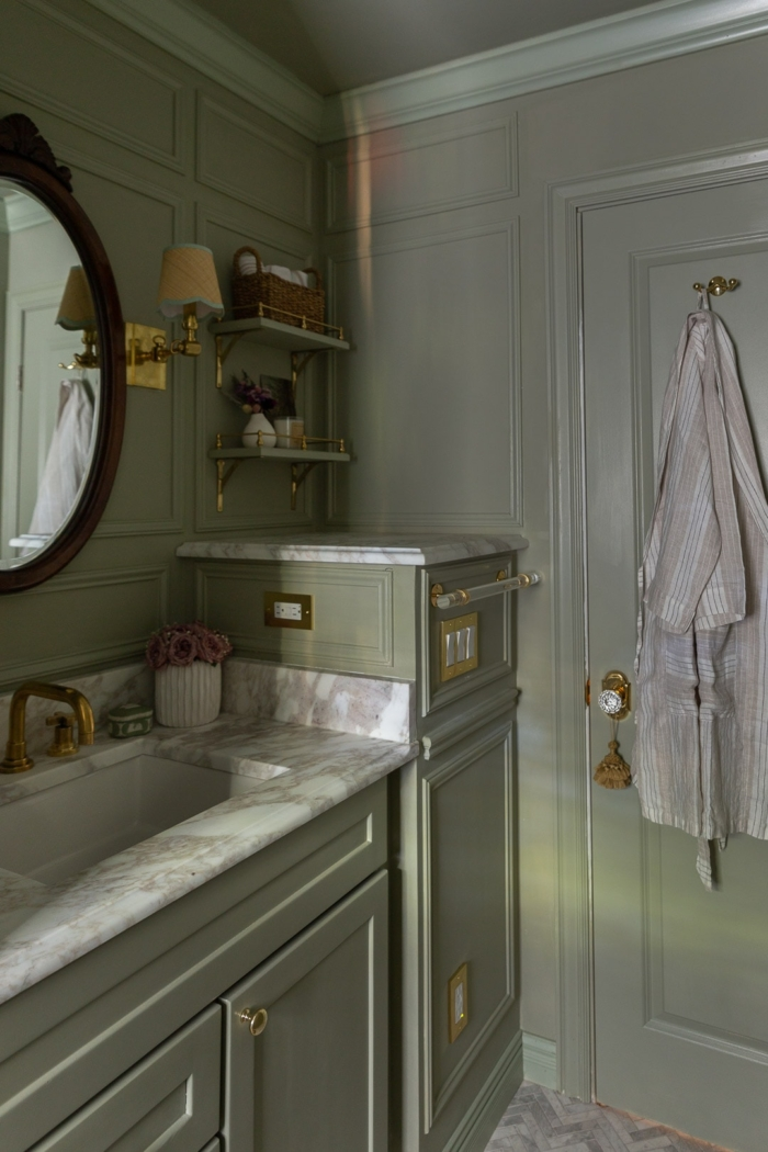 European Decorating Style designed by Glass of Bovino.