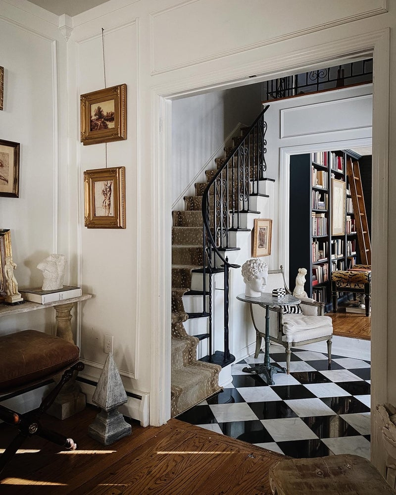 European Decorating Style designed by Paige Kontrafouris.